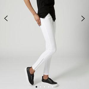 White MOTO Zip Ankle Jamie Jeans